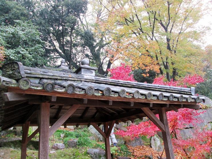 岡山 後楽園 東屋の屋根瓦