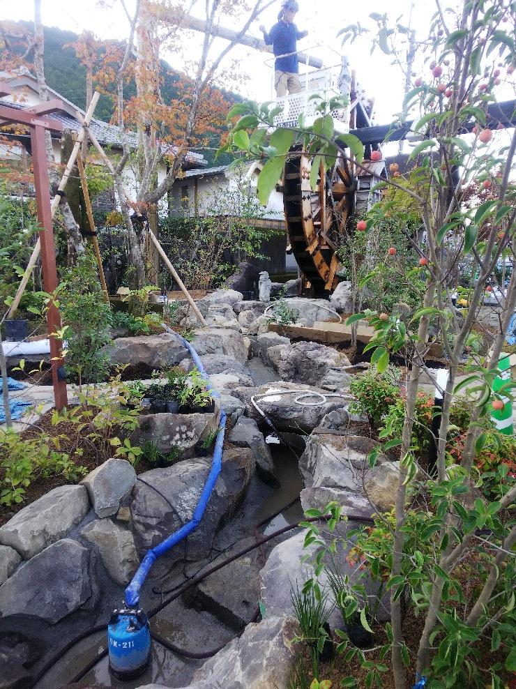 流れ 造園 外構 庭 植栽 小川